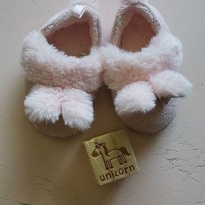 Baby bunny slippers size 3